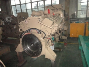 Cummins KT38-M marine propulsion engine